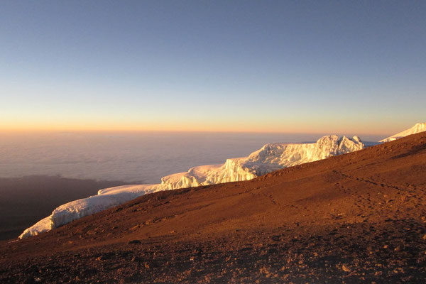 Sonnenaufgang auf dem Kilimandscharo