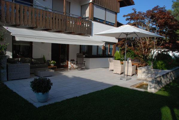 Eine Terrasse für Familie und Feste
