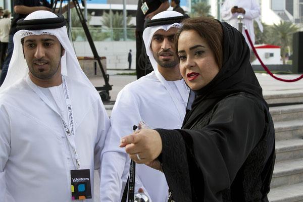 Ola Khalaf - Dubai ( re. )