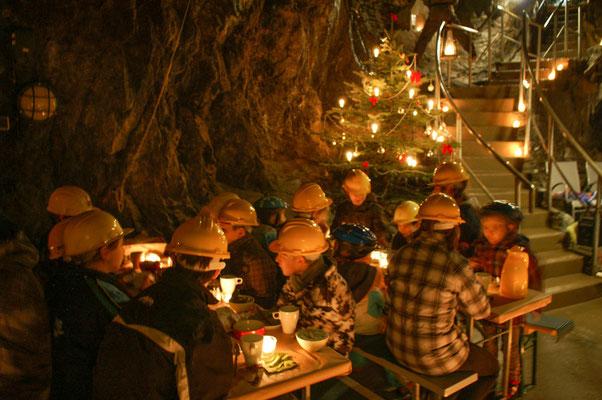 Weihnachtsfeier unter Tage