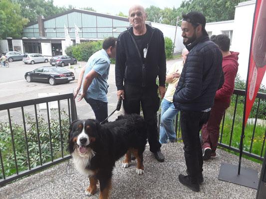 Bernhard mit Hund Franz