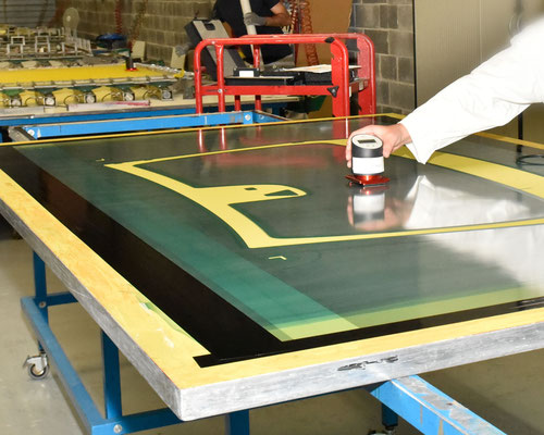 quality-check-of--screens for screenprinting