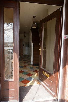 Der Eingangsbereich Vogelsang 28