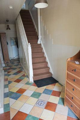Treppe vom Erdgeschoss zum DECK2