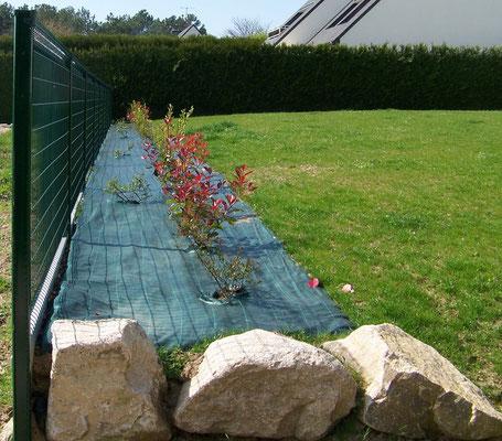 clôture verte et toile tissée
