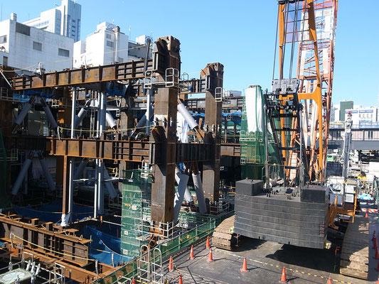 工事中の渋谷駅界隈。
