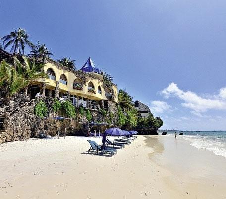 Kenia Urlaub all inclusive Bahari Beach Hotel Nordküste Kenia günstige Pauschalreisen mit Flug