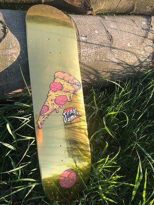 Vamos Skateboards Gold Pizza Deck / VMS Distribution Europe