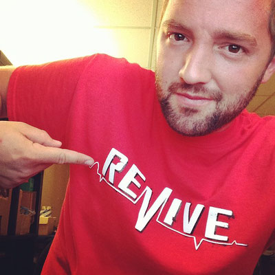 Andy wearing the Revive OG Red Lifeline T-Shirt / VMS Distribution Europe