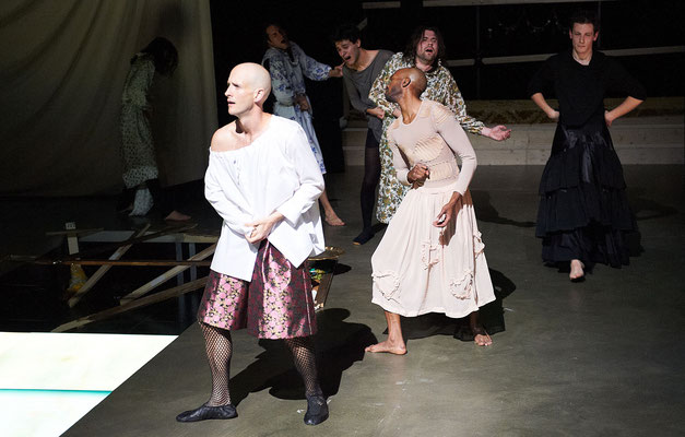 """""""Juliet und Romeo"""" Kammerspiele München, Foto:Hans Kopp"""