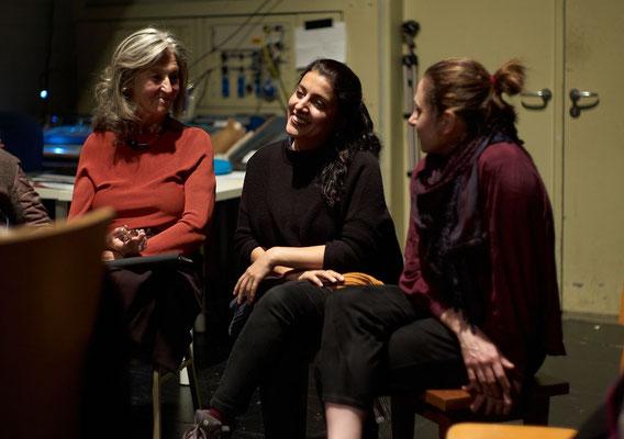 neben Sabeth Wallenborn-Honigmann, Mahin Sadri und Negar Nemati