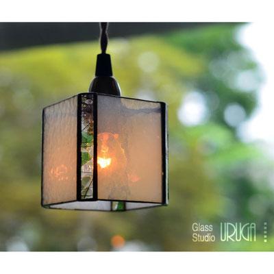 ステンドグラス ランプ ホワイトキューブ(ペンダントタイプ)