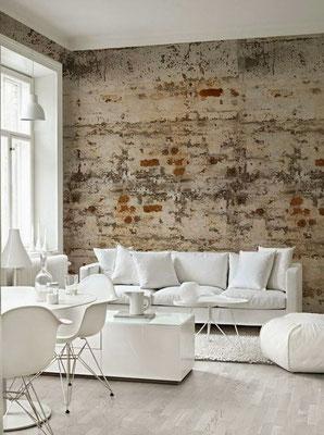 papier peint effet briques rouges dans un salon blanc