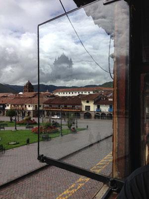 Plaza de Armas de Cusco desde ventanal