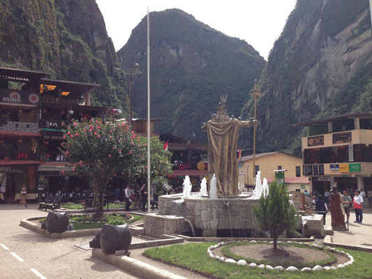 Plaza Mayor de Aguas Calientes