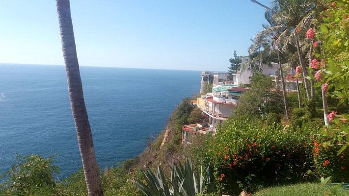 Acantilado desde Hotel Flamingo de Acapulco