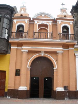 La Iglesia más pequeña del mundo en Lima