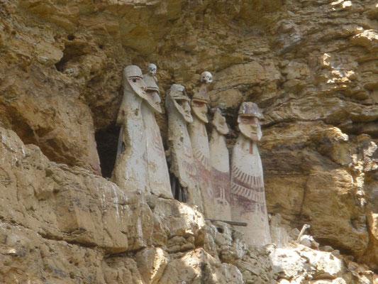 Sarcofagos de Carajía