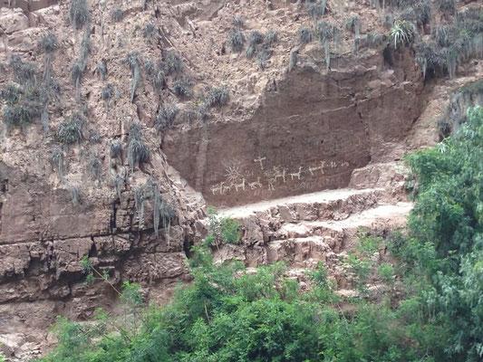 Pinturas Rupestre en Valle del Huarocondo