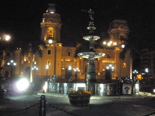 Catedral de Lima Iluminada