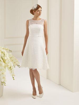 Vintage Brautkleid in 3/4 Länge mit hochwertiger Spitze