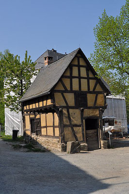 Hessenpark, Schmiede aus Weinbach, By Karsten Ratzke (Own work) [CC0], via Wikimedia Commons