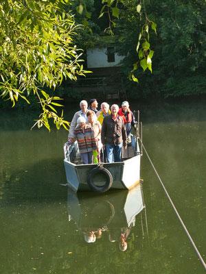 Auf Initiative des Geschichtsvereins wurde das 325. Jubiläum des Weilburger Rollschiffs mit einer Überfahrt gewürdigt. (Foto: Horz)