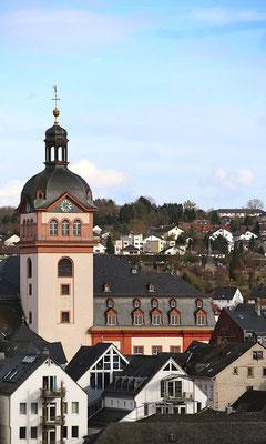 Schlosskirche und Altes Rathaus waren Thema beim Tag des offenen Denkmals 2016 (Foto: By Gerold Rosenberg (Own work) [CC BY-SA 3.0], via Wikimedia Commons)