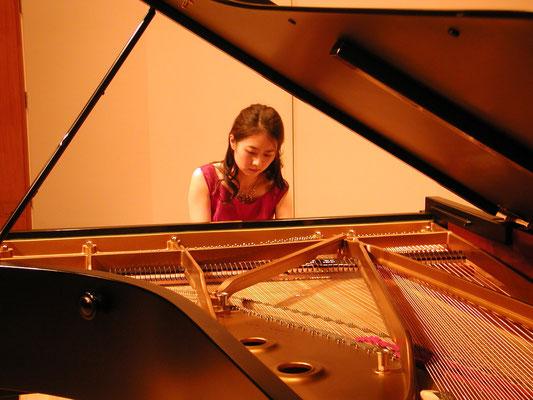 2010年新堀聡子ピアノリサイタル:ルーテルホール