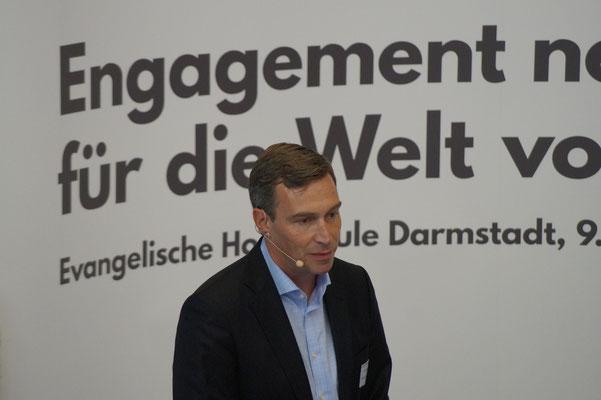 Dr. Holger Krimmer beim II. Hessischen Engagementkongress 2021 an der Ev. Hochschule Darmstadt.   © Foto: S. Schlitt, EKKW