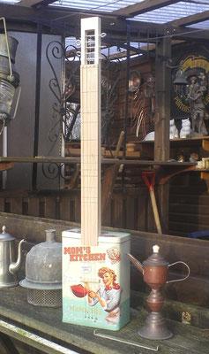 Box- Guitar mit diatonischem Griffbrett