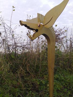Rufhorn in Form einer Carnyx, aus Holz
