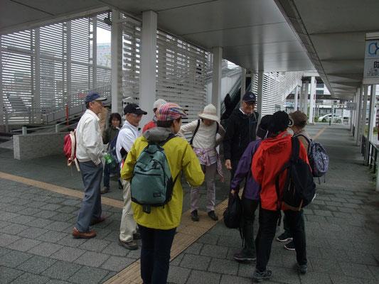 辻堂駅前で無事解散式
