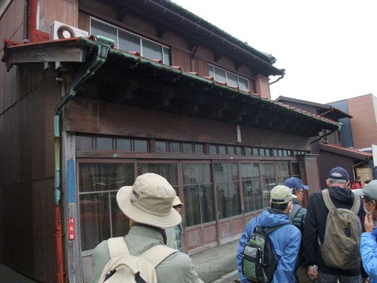 従来の木造町屋店舗