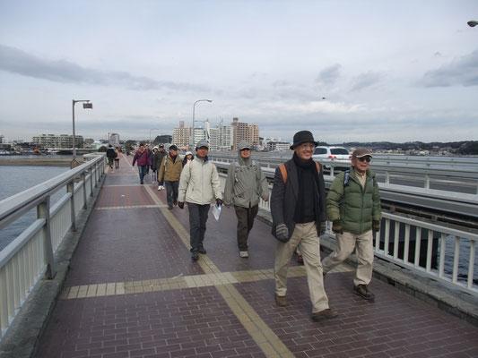 その後、自由に江ノ島散策