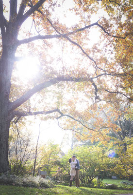 Romantic morning light at the Inniswood Botanical Gardens in Westerville, Ohio Engagement Photography