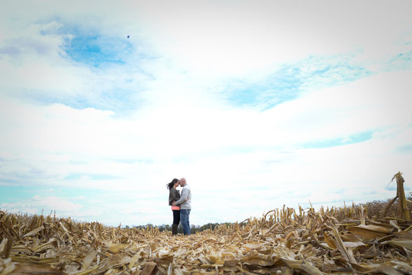 Engagement portrait Session with Brady and Sarah in Washington Courthouse