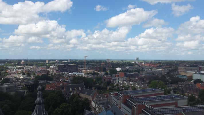 Op het dak, rondom een prachtig vergezicht over Groningen.