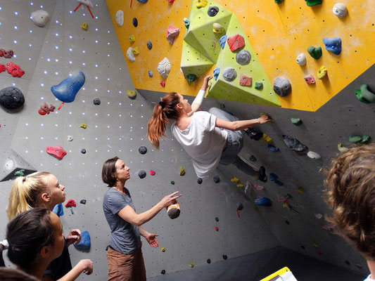 harte Boulder im Dach!