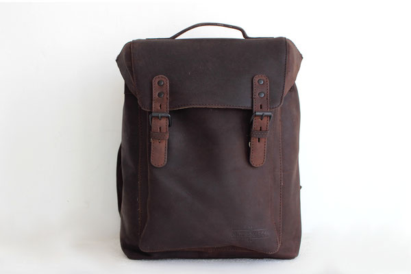 Margelisch, leather backpack