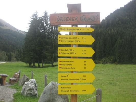 Vom Ausgangspunkt Aschau/Tirol kann man in alle Richtungen ausschwärmen