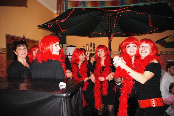 Fasching rot-schwarz