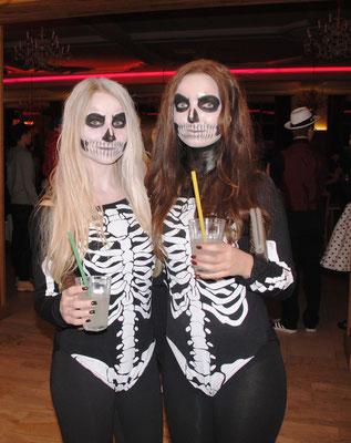 Fasching oder Halloween, gruselige Kostümes sind immer in.
