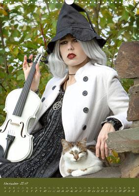 Ravienne Art Model - Kalender Weiße Geige auf Reisen