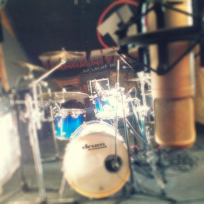 DrumsSound Schlagzeug & Rode Röhren-Großmembran
