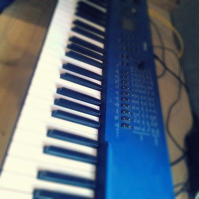 verschiedene Synthesizer für Pre- & Postproduction
