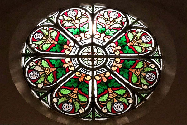 ferienwohnung-chiemsee-kirchenfenster