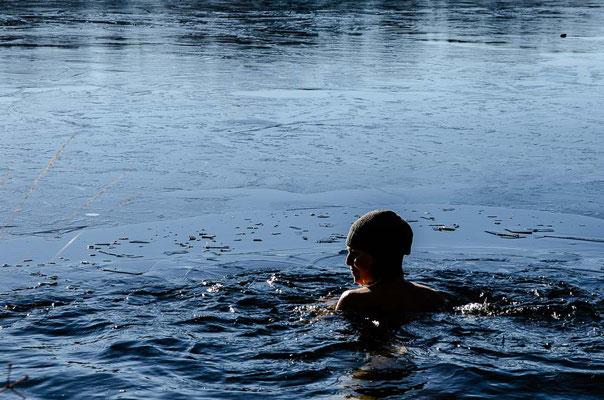 ferienwohnung-chiemsee-winterschwimmen-10