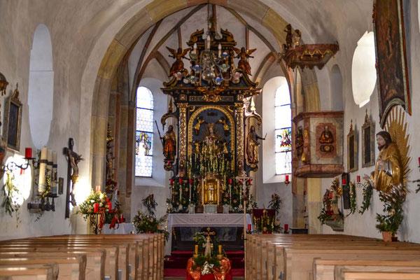 ferienwohnung-chiemsee-kirche-almau