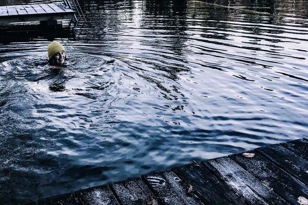 ferienwohnung-chiemsee-winterschwimmen-4